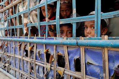 Rohingya-Blogger-Caged-without-a-roof